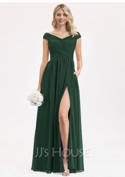 Queenly size 12  Green A-line evening gown/formal dress