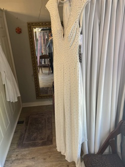 White Size 00 Romper/Jumpsuit Dress on Queenly