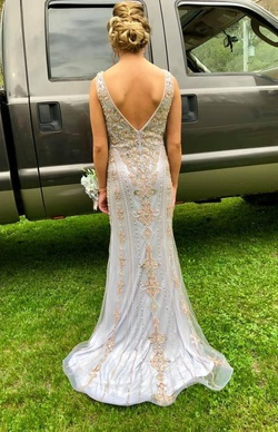 Jovani Blue Size 0 Backless Straight Dress on Queenly