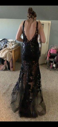 Sherri Hill Black Size 10 Plunge Sheer Lace Mermaid Dress on Queenly