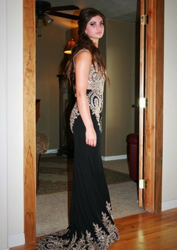 Queenly size 2  Black Train evening gown/formal dress