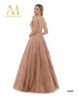 Style 16269 Morrell Maxie Light Pink Size 18 Plunge Plus Size Ball gown on Queenly