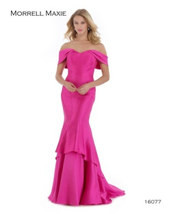 Queenly size 4 Morrell Maxie Pink Mermaid evening gown/formal dress