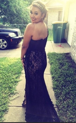 Black Size 10 Train Dress on Queenly
