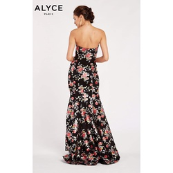 Style 60508 Alyce Paris Black Size 8  on Queenly