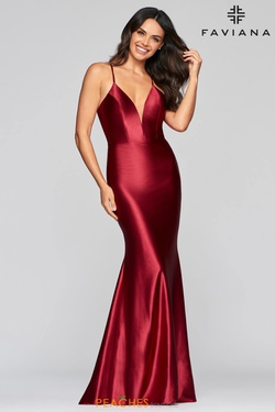 Queenly size 6 Faviana Red Mermaid evening gown/formal dress