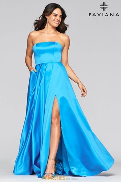 Queenly size 16 Faviana Blue Side slit evening gown/formal dress