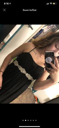 Black Size 00 Side slit Dress on Queenly