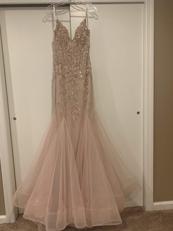 Queenly size 4 Jovani Pink Mermaid evening gown/formal dress