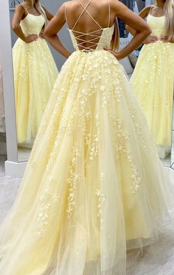 Queenly size 6  Yellow Ball gown evening gown/formal dress