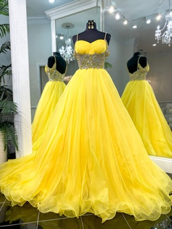 Sherri Hill Couture Yellow Size 6 Prom Ball gown on Queenly