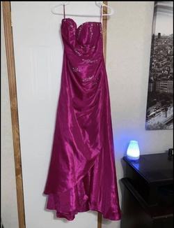 Queenly size 10  Pink Train evening gown/formal dress