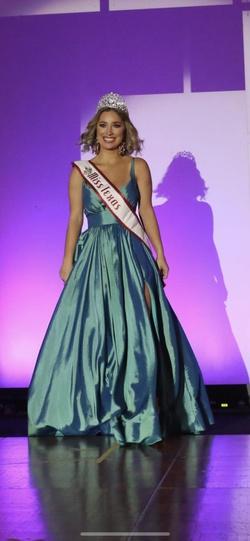 Queenly size 00  Blue Side slit evening gown/formal dress