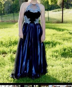 Blondie Nites Black Size 4 Prom Halter Ball gown on Queenly