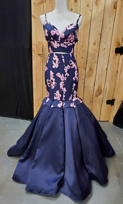 Queenly size 2 Rachel Allen Blue Mermaid evening gown/formal dress