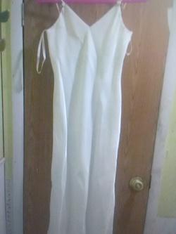 Queenly size 6 Zum Zum  White Side slit evening gown/formal dress