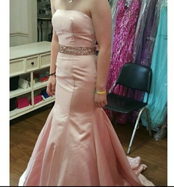 Queenly size 4 Sherri Hill Pink Mermaid evening gown/formal dress