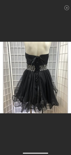 Daisy Black Size 6 Ball gown on Queenly