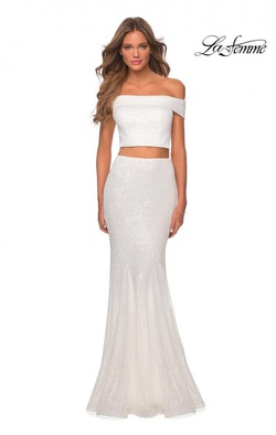 Queenly size 0 La Femme White Mermaid evening gown/formal dress