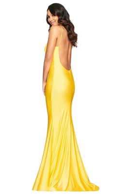 Faviana Yellow Size 4 Backless V Neck Fitted Mermaid Dress on Queenly