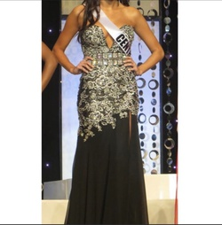 Tony Bowls Black Size 4 Tall Height Custom Straight Dress on Queenly