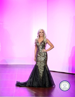 Queenly size 0 Johnathan Kayne Gold Mermaid evening gown/formal dress