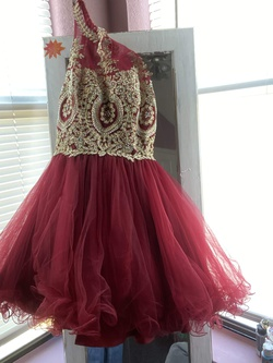 Foryoudress Red Size 2 Homecoming Maroon Ball gown on Queenly