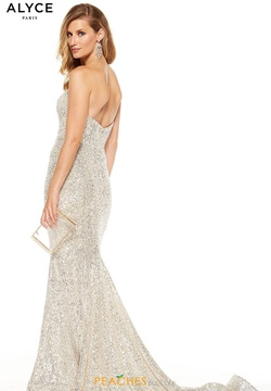 Style 60809 Alyce Paris Silver Size 2 Sweetheart Train Strapless Mermaid Dress on Queenly