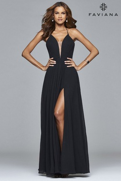 Style 7747 Faviana Black Size 4 Prom Side slit Dress on Queenly