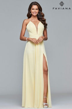 Style 7747 Faviana Yellow Size 6 V Neck Side slit Dress on Queenly