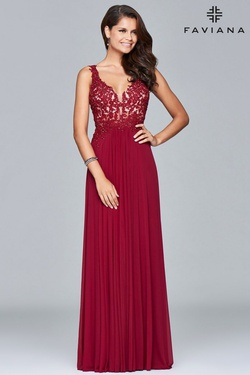 Style 8000 Faviana Red Size 14 Sheer V Neck Plus Size A-line Dress on Queenly