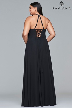 Style 9435 Faviana Black Size 20 V Neck Lace Plus Size A-line Dress on Queenly