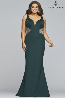 Queenly size 16 Faviana Green Straight evening gown/formal dress