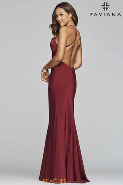Style S10214 Faviana Red Size 4 V Neck Jersey Silk Straight Dress on Queenly