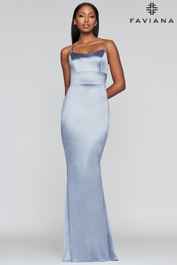 Queenly size 6 Faviana Blue Straight evening gown/formal dress