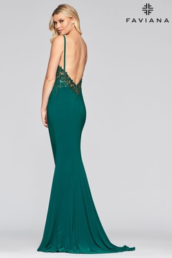 Style S10469 Faviana Green Size 6 Floral Jersey Straight Dress on Queenly