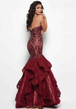 Style 7046 Jasz Couture Red Size 14 Tulle Mermaid Dress on Queenly