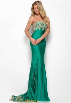 Style 7071 Jasz Couture Green Size 8 Backless Straight Dress on Queenly