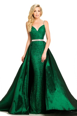 Queenly size 8 Johnathan Kayne Green Train evening gown/formal dress