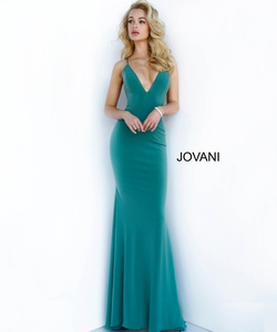 Queenly size 2 Jovani Green Train evening gown/formal dress