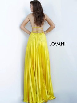 Style 00637 Jovani Yellow Size 4 Backless Halter A-line Dress on Queenly