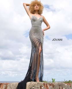 Queenly size 4 Jovani Black Side slit evening gown/formal dress