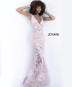 Queenly size 8 Jovani Pink Mermaid evening gown/formal dress