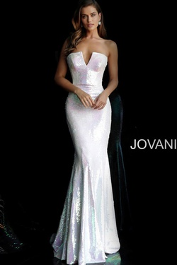 Queenly size 4 Jovani White Mermaid evening gown/formal dress