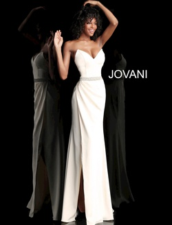 Queenly size 2 Jovani White Side slit evening gown/formal dress