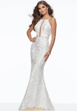 Queenly size 8 Mori Lee White Straight evening gown/formal dress