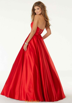 Style 45090 Mori Lee Red Size 22 Prom Sweetheart Pockets Ball gown on Queenly