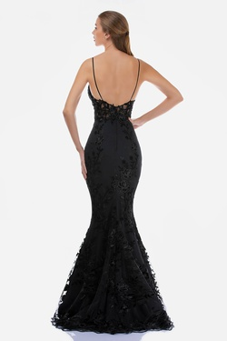 Style 2240 Nina Canacci Black Size 12 Tall Height V Neck Fitted Mermaid Dress on Queenly