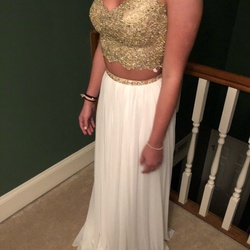 Sherri Hill Gold Size 0 Mini Straight Dress on Queenly