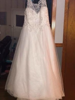 Queenly size 22 Michelle Bridal White Ball gown evening gown/formal dress